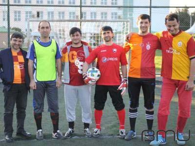 BMU-da mini futbol turnirinə start verildi