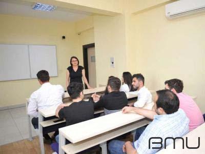 BMU-da karyera mövzusunda seminar keçirilib